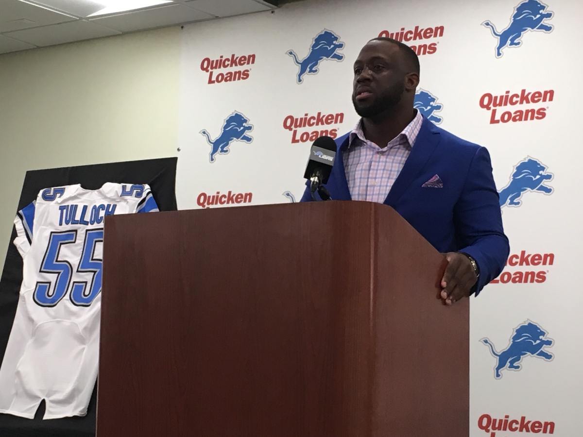 Stephen Tulloch welcomed back to help Jarrad Davis, other Lions rookies