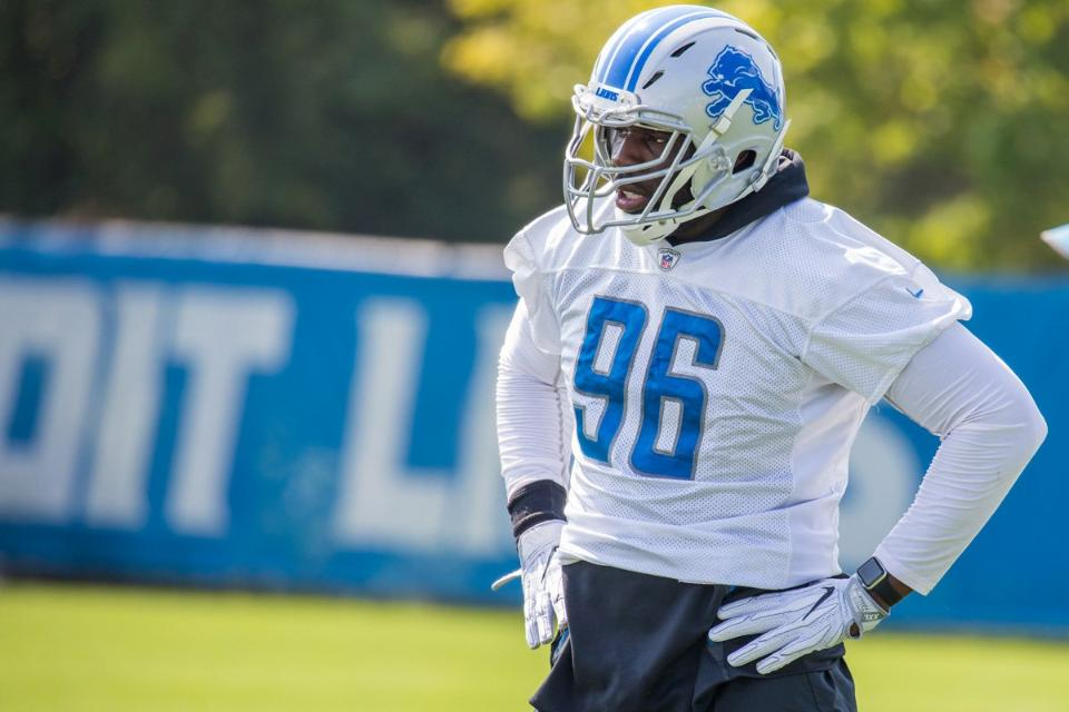 Detroit Lions bring back DE George Johnson hoping he can play like it's 2014