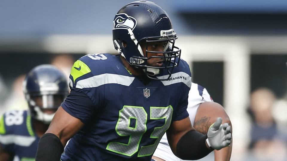 Five things to know about new Lions DE DwightFreeney