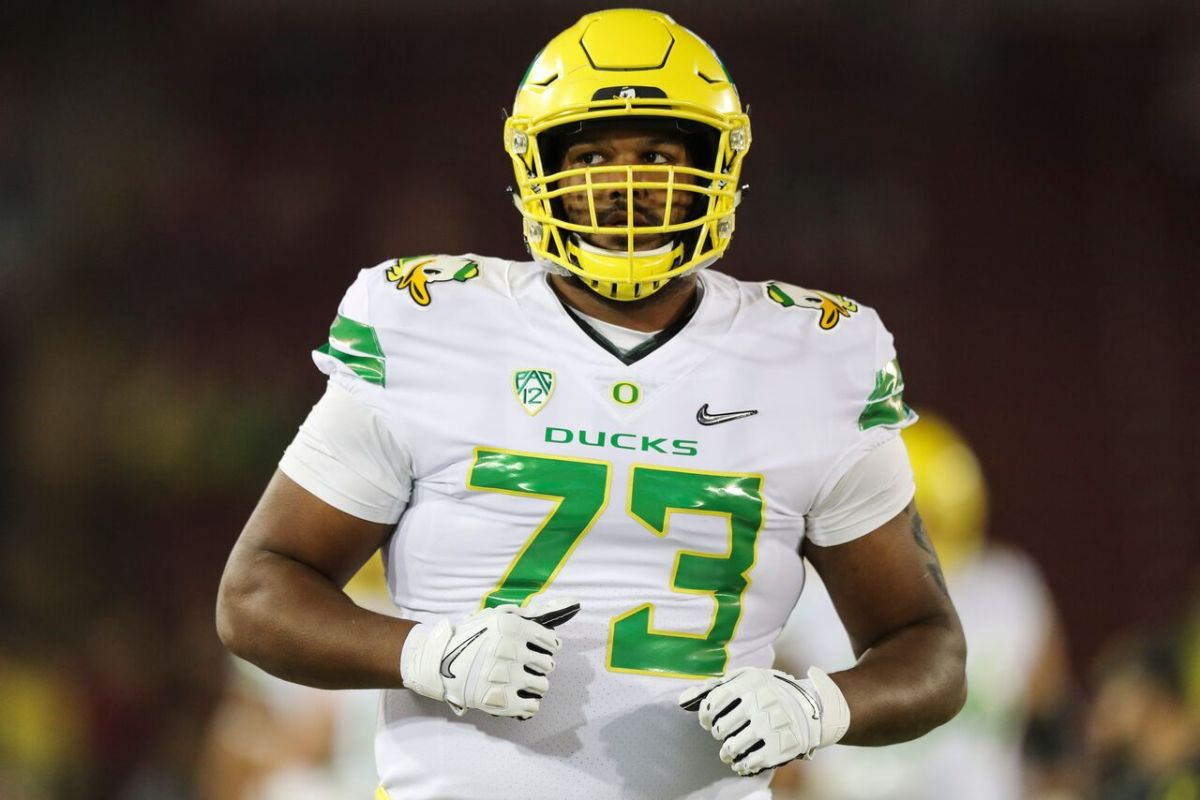 Lions draft tackle Tyrell Crosby in fifth round