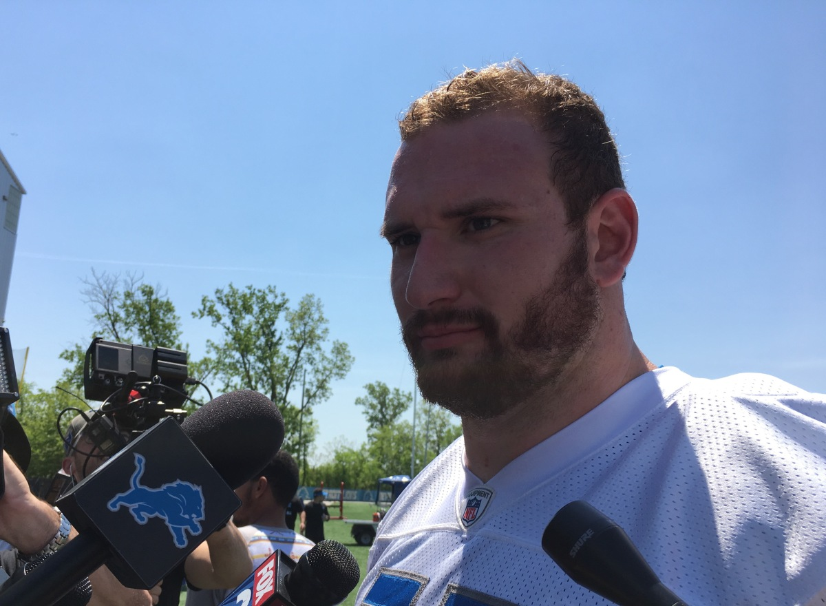 Detroit Lions camp: Frank Ragnow not anchored at left guard – at least for now