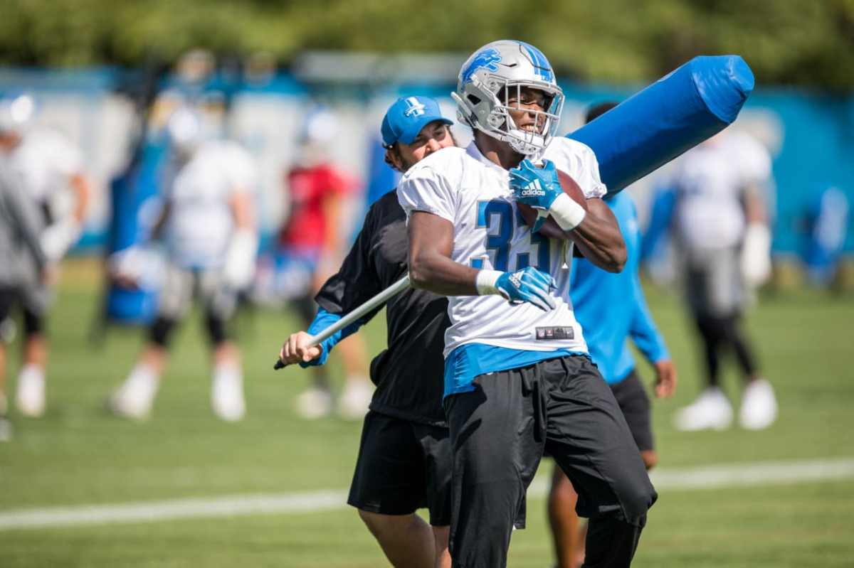 Lions Kerryon Johnson on meeting Barry Sanders, gaining 101 yards and more