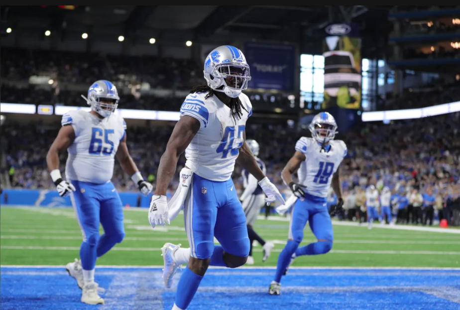 Detroit Lions running back Bo Scarbrough (43)