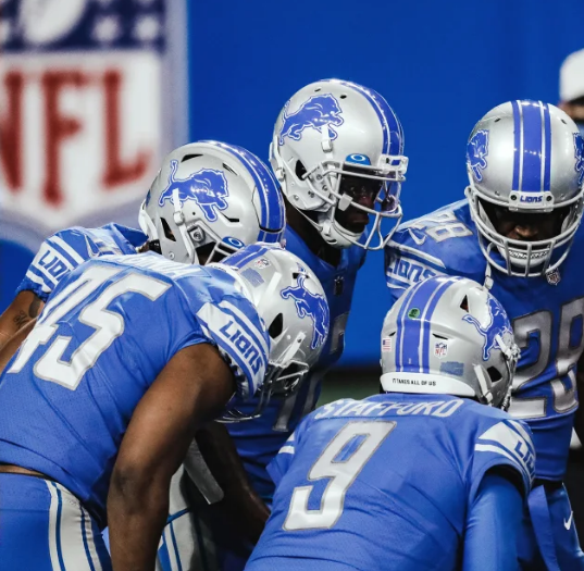 Lions Stafford to make trip; Bevell not counting him out vs. Titans